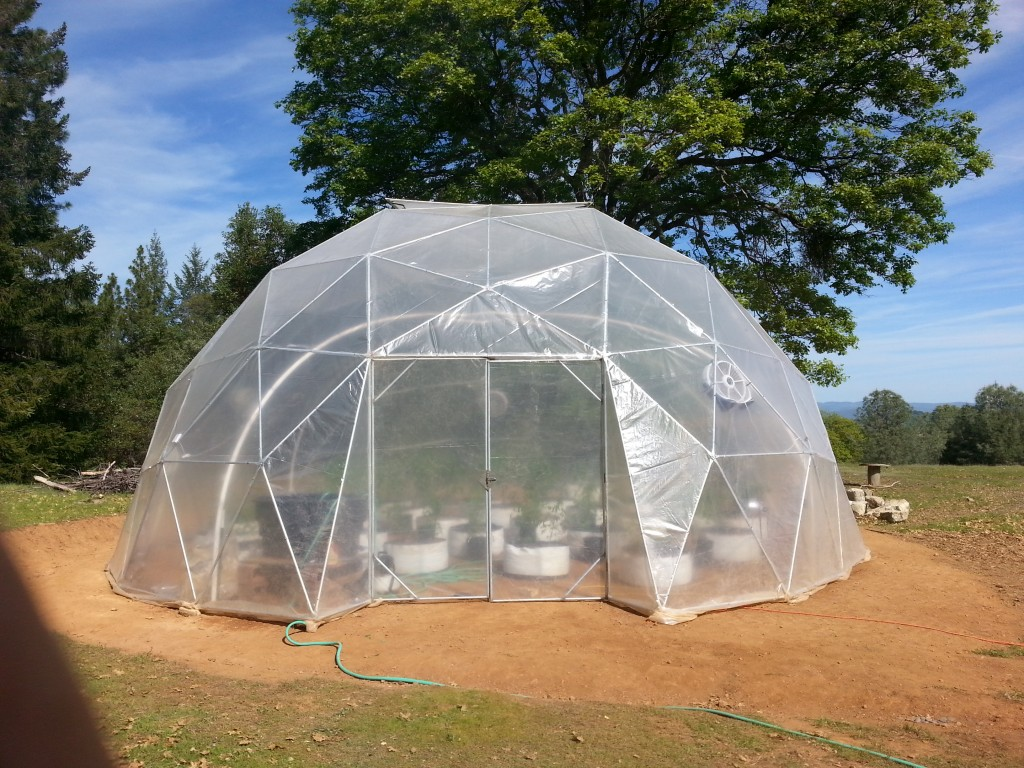 33' 4v Geodesic Dome Greenhouse
